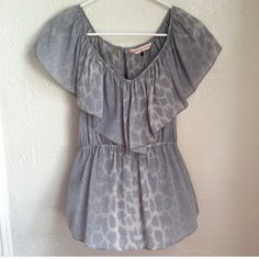 Rebecca Taylor Silk leopard Gray Top sz 2 Beautiful condition. Great print. I just need one size larger! Rebecca Taylor Tops