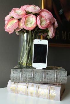 DIY iPhone dock... in an old book! #diy . This would look much nicer on my desk.