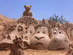 Madagascar Sand art