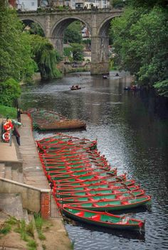 Boats on The River Nidd, Knaresborough Viaduct, Yorkshire, England