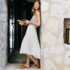 white dress, hat and sandals. Perfect summer outfit. What to wear to Southern Europe in Summer
