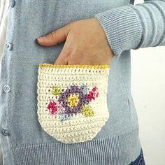 Ravelry: Dainty Pockets pattern by Little Doolally