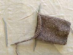 fikside – Strikkeoppskrift: Øl-vott Crochet Bikini, Ravelry, Diy And Crafts, Burlap, Reusable Tote Bags, Threading, Tutorials, Hessian Fabric, Jute