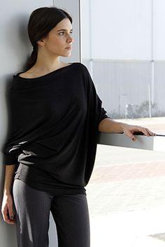 Elisa Cortés-Colección Elisa Cortés Tops, Women, Fashion, Winter, Moda, Fashion Styles, Fashion Illustrations, Fashion Models