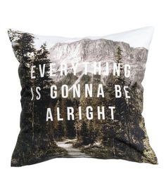 Cushion cover in cotton twill with a printed design. Solid-color backing. Concealed zip. Size 16 x 16 in.