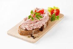 Šunková pěna podle ČSN - Recepty.cz - On-line kuchařka Ricotta, Pesto, Buffet, Cheesecake, Fish, Ethnic Recipes, Spreads, Appetizers, Philly Cream Cheese