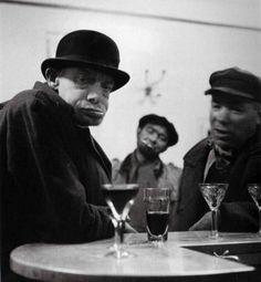 Robert Doisneau, Coco, Jean-Marie, l'Amiral, Paris, 1952