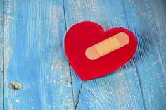 The number one cause of death in the U.S. may be the same for both men and women, but the signs and care options are different! #HeartHealth #Healthy #WomensHealth