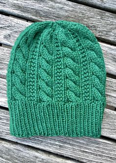 Amazing Knitting provides a directory of free knitting patterns, tips, and tricks for knitters. Baby Hats Knitting, Loom Knitting, Knitting Patterns Free, Knit Patterns, Free Knitting, Knitted Hats, Free Pattern, Knit Or Crochet, Crochet Hats