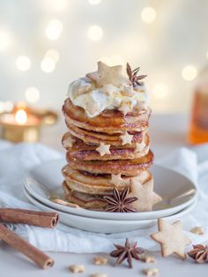 Siirappisen Ihanat Piparkakkupannukakut (Ve) Delicious Desserts, Yummy Food, Tasty, Just Eat It, Desert Recipes, Christmas Baking, I Love Food, Yummy Cakes, Baking Recipes
