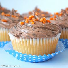 Jaffa Cupcakes ~ vanilla cakes with orange jelly centers and topped with double chocolate chip cream cheese frosting ~ Gluten Free Treats, Gluten Free Baking, Gluten Free Recipes, Moist Vanilla Cupcakes, Jaffa Cake, Great British Bake Off, Cupcake Recipes, Amazing Cakes, Baked Goods