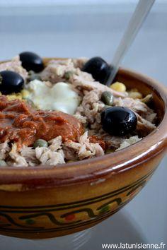 Bizarre le titre que j'ai choisi, comme s'il pouvait y avoir un lablabi turc, algérien ou égyptien... Ah le lablabi, oui, voici la fameuse recette de ce plat que chaque tunisien connaît et a goûté ...