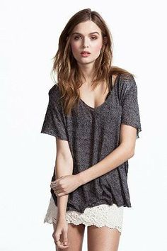 Project Social T Textured-Knit V-Neck Tee - Urban Outfitters Kate Bosworth Style, Summer Shirts, V Neck Tee, Casual Tops, Trendy Fashion, T Shirt, Summer Outfits, Short Sleeve Dresses, Short Sleeves