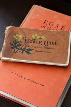 Vintage Garden Book | Roses and Flower Guide