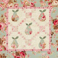 Pastel Pears Wall Quilt – Free Tutorial | PatternPile.com