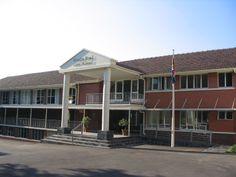 Entrance & Admin Pavilion, Entrance, Garage Doors, Mansions, Amp, House Styles, School, Outdoor Decor, Girls