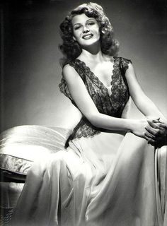 Old Hollywood Timeless Beauty Rita Hayworth