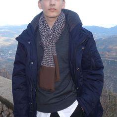 Bufanda hombre edición limitada, moda sostenible Look by LyLy Raincoat, Jackets, Fashion, Sustainable Fashion, Scarves, Men, Rain Jacket, Down Jackets, Moda