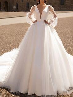 Lace Ball Gowns, Ball Dresses, Bridal Dresses, Couture Wedding Dresses, Fancy Wedding Dresses, Junior Bride Dresses, Alternative Bridesmaid Dresses, Designer Wedding Dresses, Marie