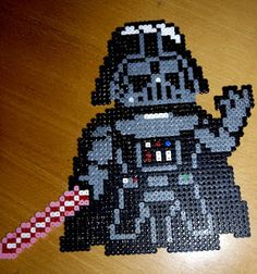 Darth Vader Star Wars /  Perler Beads - Hama perlen - Bügelperlen