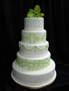 Green and White cake- perfectly balanced!