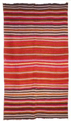 Santa Fe Plaza, Navajo People, Morrocan Rug, Indian Blankets, Southwestern Art, Navajo Rugs, Native American Tribes, Vintage Wool, Rio Grande