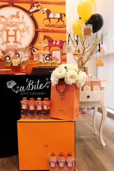Abite Atelier's Housewarming / Hermes - Photo Gallery at Catch My Party Bridal Shower Games, Bridal Shower Invitations, Bridal Showers, Engagement Party Decorations, Bridal Shower Decorations, Bachelorette Party Games, Paris Party, Housewarming Party, Bling