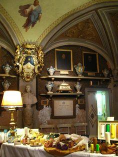 Officina Profumo-Farmaceutica di Santa Maria Novella - Florence