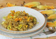 Raccolta di Ricette con Fiori di zucca Contorni, antipasti, primi piatti di pasta e di riso, secondi piatti. Dieci ricette con fiori di zucca facili, veloc