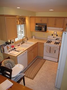 Organizing small homes on pinterest small home plans - Small house organization tips ...