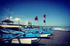 Blue sky... Windy... Warm sunshine... Sea... Sand... Boats... This is Bantul, Yogyakarta, Indonesia. #pantaiParangtritis #beach #jogja #yogyakarta #bantul #bluesky #sea #sand #boat #fisherman #indonesia #sonynex6