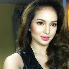 The Philippine Human BarbieAlive Ms. SARAH LAHBATI... @sarahlahbati  asap20 last sunday Make up by:@jellyeugenio  Hair by:@donna_esmillo #instalike #instagood #instaphoto #instapic #instabeauty #beautiful #beauty #hair #makeup #makeupartist #glamour #gorgeous Sarah Lahbati, Filipina Beauty, Flawless Beauty, Cute Faces, Beauty Makeup, Hair Makeup, Insta Pic, Hair And Nails, Fashion Beauty