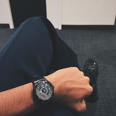 Swatch SISTEM BLACK ©shewantstheddot
