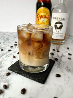 Liquor Drinks, Whiskey Drinks, Coffee Cocktails, Dessert Drinks, Cocktail Drinks, Yummy Drinks, Alcoholic Drinks, Desserts, Whiskey Recipes