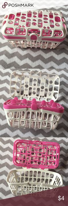 Munchkin dishwasher basket **MUST BUNDLE 2 OR MORE TO GET AT $4*     New without tags. In excellent condition received it as a gift but don't own a dishwasher. So needs new home 🤗😀👍🏻🎀 Munchkin Other