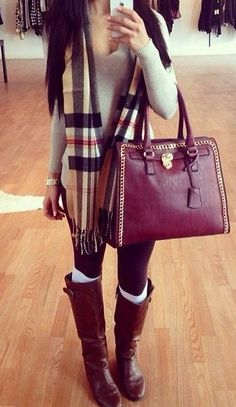Cute outfit with plaid scarf And brown bag Fall Winter Outfits, Winter Wear, Autumn Winter Fashion, Winter Clothes, Winter Looks, Winter Style, Fashion Killa, Look Fashion, Fall Fashion
