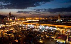 MARROCOS O Marrocos já é um destino conhecido, mas ninguém nunca irá se cansar das maravilhosas desta cidade. Perca-se pelos zocos, as feiras e mercados tradicionais árabes, relaxe por Marraquexe, escale as montanhas da Todra Gorge para apreciar os vales rosados e não deixe de se aventurar pelo icônico e mágico Deserto do Saara.