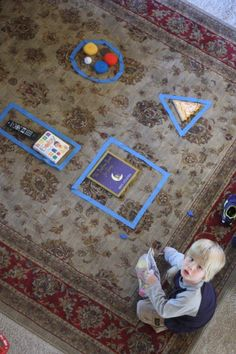 Shape Hunt and Sort - - Pinned by #PediaStaff.  Visit http://ht.ly/63sNt for all our pediatric therapy pins Toddler Learning, Toddler Preschool, Kindergarten Math, Preschool Learning, Toddler Fun, Kids Learning, Teaching, Indoor Activities, Craft Activities For Kids