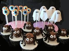 Make your own spooky and cute treats for Halloween with Jane Asher's Halloween Cake Pops recipe!