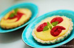 Raw mango- og bringebærterte