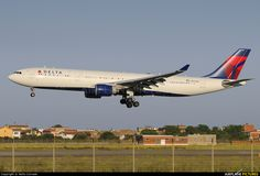 N817NW Delta Airbus A330-300