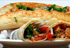 Tavuklu tantuni tarifi - Fikir Kadını Fresh Rolls, Food Art, Mexican, Meat, Chicken, Breakfast, Ethnic Recipes, Youtube, Morning Coffee
