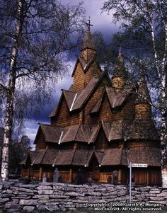 Stavkirke, Notodden - the structure is a three-armed cruciform and is the largest stave Church. After the Reformation, the Church was in a pretty bad condition and was restored in the period 1849 - 1851 .  .