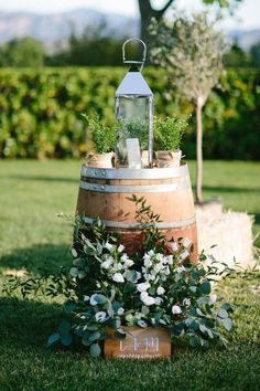 The most beautiful decor ideas for a country wedding! - The most beautiful decor ideas for a country wedding!fr The Effective Pictures We Offer - Wedding Ceremony Decorations, Wedding Centerpieces, Wedding Table, Rustic Wedding, Outdoor Decorations, Wedding Reception, Wedding Bride, Diy Wedding Deco, Natural Wedding Decor