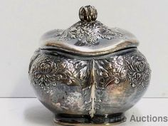 Rare Antique Gorham Sterling Silver Pattern 850 Repousse Lidded Jar Dresser Box #Gorham