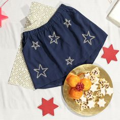 Your Christmas party attire is sorted - go chic and minimal. #pampeli #skirt #party #christmasparty #stars
