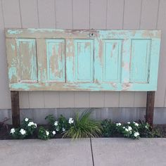 headboards against a window | ... amazing king sized headboard. How gorgeous is that distressed paint More
