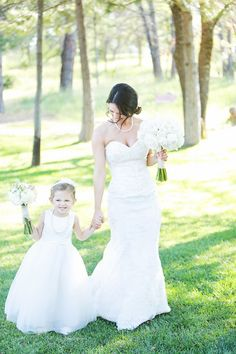 flower girl ideas http://www.weddingchicks.com/2013/10/03/vintage-outdoor-wedding/