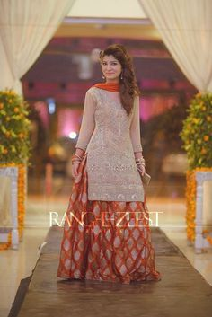heavy wedding guest shirt with orange jamawar lehenga and dupatta Pakistani Wedding Outfits, Pakistani Dresses, Indian Dresses, Indian Outfits, Latest Pakistani Fashion, Indian Fashion, Women's Fashion, Indian Designer Outfits, Designer Dresses