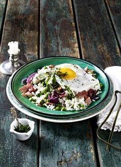 Erbsen-Schinken-Reis zu Spiegelei Rezept